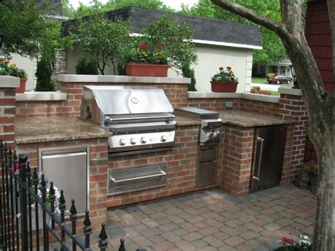 Brick, Granite & Limestone Outdoor Kitchen  Traditional
