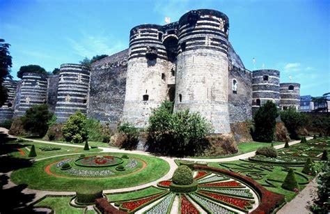 chambre d hote angers chambres d 39 hôtes au château d 39 angers château de la loire