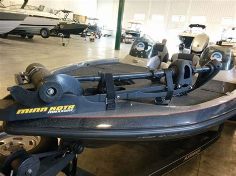 Stratos Bass Boats Dealers by Stratos Boats 186 Xt 2012 Used Boat For Sale In Sainte