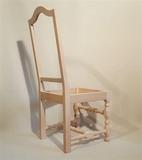 chaises louis xiii chaise louis xiii bobine dos moulure les beaux sièges de