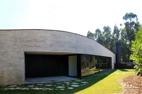 Concretelook Home With Wooden Plank Exterior