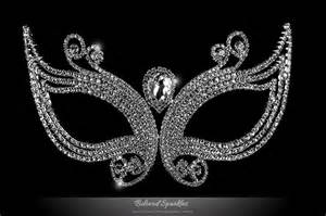 2 carat cushion cut diamond masquerade opera mask mardi
