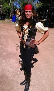 Déguisement Carnaval Original : deguisement pirate femme deguisement pirate en 2019 d guisement pirate ~ Melissatoandfro.com Idées de Décoration