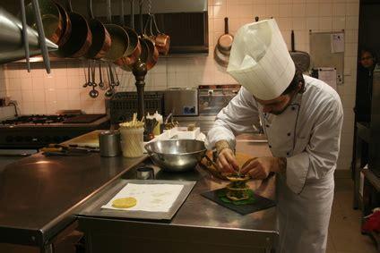 commis de cuisine marseille comment devenir cuisinier pratique fr
