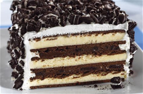 sandwich dessert with oreos