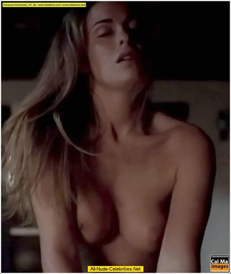 sexy naked madchen strippen gif