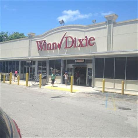 winn dixie phone number winn dixie closed 28 reviews grocery 1525 coral