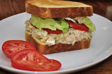 how to prepare tuna how to make tuna salad sandwich how to make meals