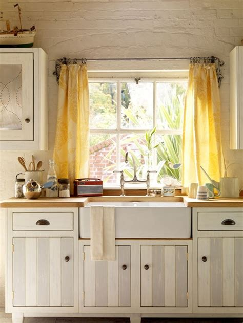 yellow kitchen sink 17 best images about farmhouse kitchens and sinks on 1220