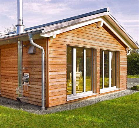 holzbungalow bauen preise bungalow jakob baufritz bungalow mit einliegerwohnung