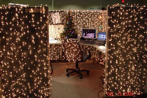 cubicle dwellers   christmas spirit mnn