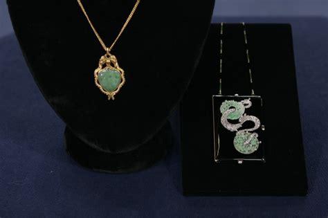 jade pendant compact antiques roadshow pbs