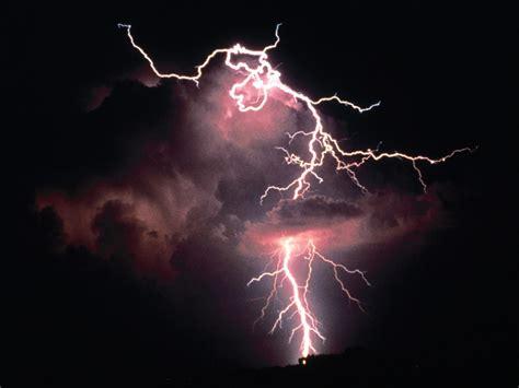 Animated Lightning Wallpaper - animated thunderstorm wallpaper wallpapersafari