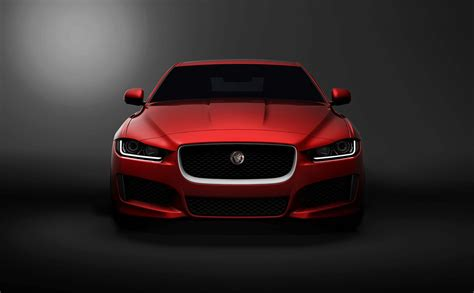 jaguar xe   bmw  series fighter  britain video