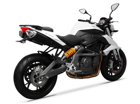 Review Benelli Bn 600 by 2014 Benelli Bn600i Motorcycle Review Top Speed