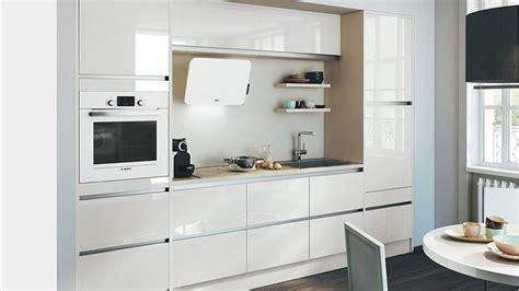 Маленькие современные кухни  50 фото в интерьере Новые идеи