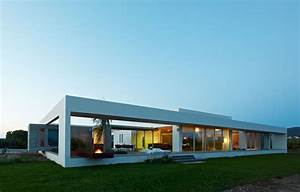 Simple And Modern House Architecture Design With Glass Application