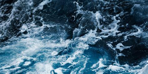En busca de las mejores olas por el norte de España