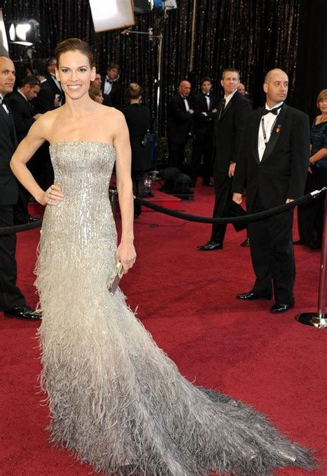 Pin by Alli Ajluni on Gowns & Night Dresses   Best oscar ...