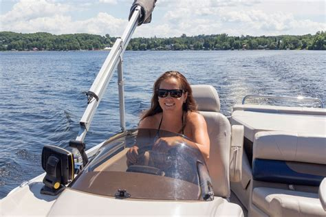 Best Pontoon Boats For 2018 by Best Trolling Motor For Pontoon Boat In 2018