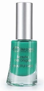 Bleu Vert Couleur : couleur bleu vert trendy nuancier pantone bleuvert with ~ Melissatoandfro.com Idées de Décoration