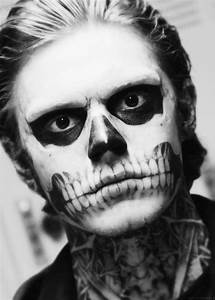 House, Evan peters and Horror stories on Pinterest