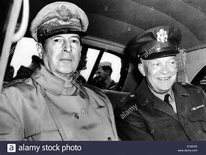 Chief of Staff General Dwight Eisenhower, meets General ...