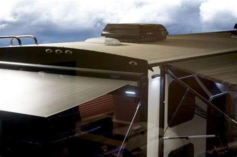 build your own luxe toy hauler fifth wheel
