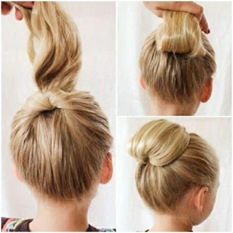 idees coiffures  chignons bas faciles  faire en