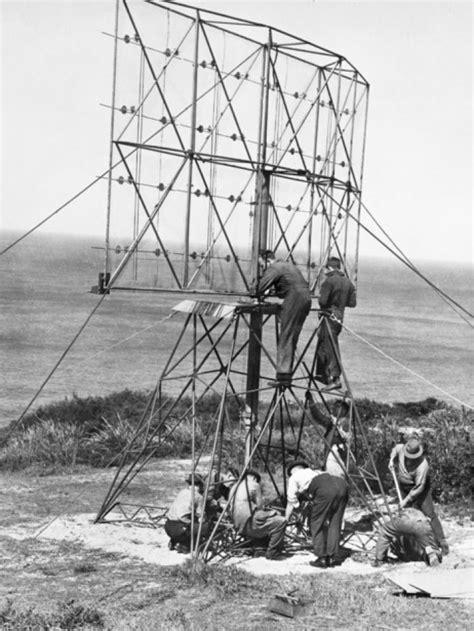 picture  unidentified world war ii radar station abc