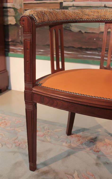 bureau en acajou fauteuil de bureau en acajou xxeme antiquites lecomte