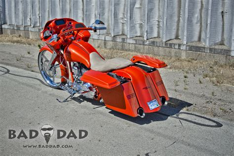 bad dad custom bagger parts shaved saddlebags for 1993 2013 bad dad custom bagger