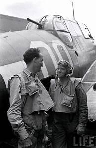 Us Navy Flightgear In Ww2    1940s