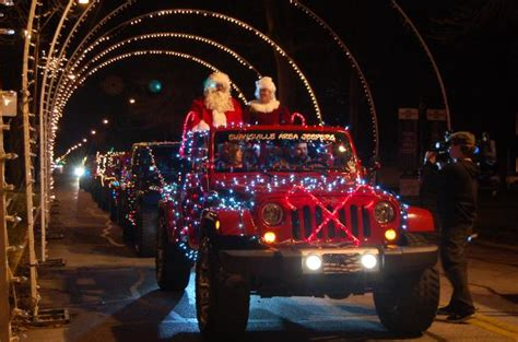 jeep christmas parade evansville area jeepers holiday cruise through fantasy