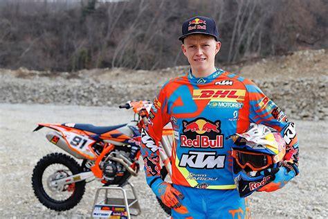 enduro motocross racing ktm enduro racing team is ready for 2017 season