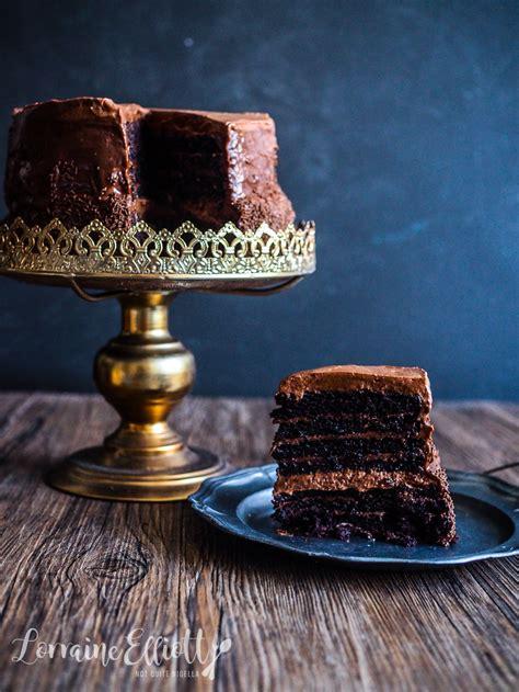 layer ultimate chocolate cake    nigella