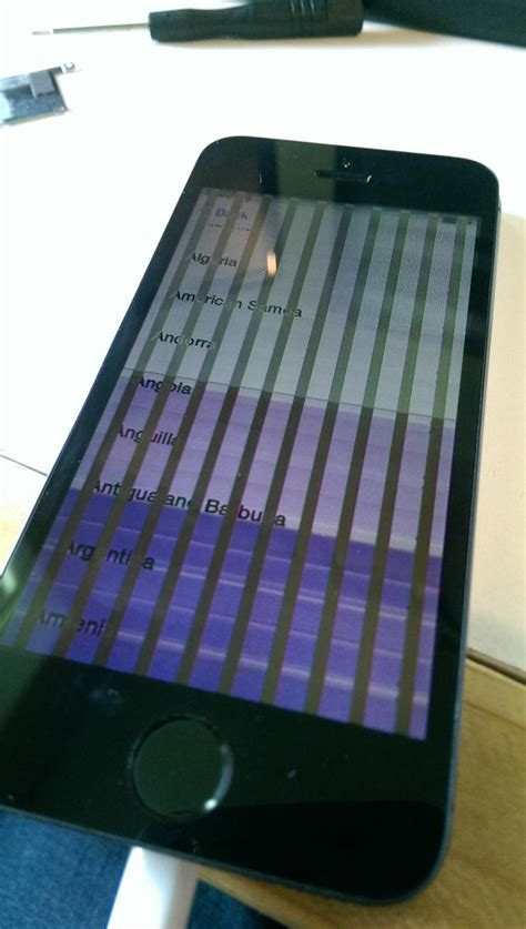 vertical lines on iphone screen iphone 5s vertical lines on screen phones and tablets
