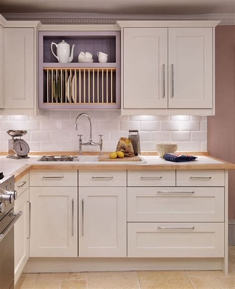 shaker style cabinets images 29 best images about kitchen splashbacks on pinterest