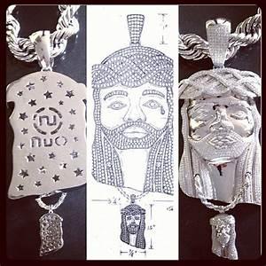 Game Jesus Piece Chain 11724 | NOTEFOLIO
