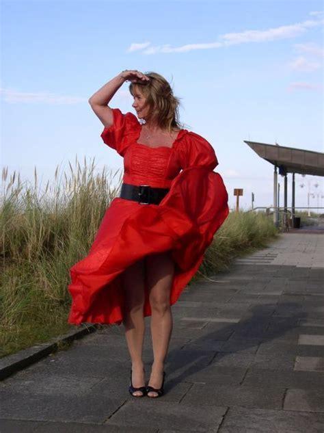 windy skirts ideas  pinterest wind skirt
