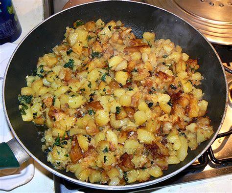 po 234 l 233 e de pommes de terre ail et persil cantal vieux