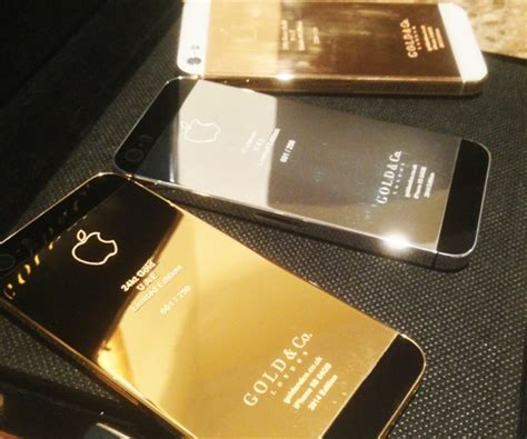 Fancy The World's First 24 Ct Gold Iphone 5s
