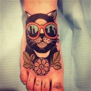 Tatuarsi un gatto: storia e simbologia dell animale del mistero e della seduzione