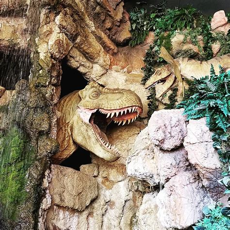 Jurassic World Jungle Boat Ride by Is The Jurassic Jungle Boat Ride A Waste Of Money