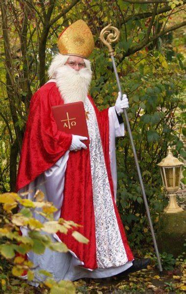 der heilige nikolaus oder der weihnachtsmann horgau
