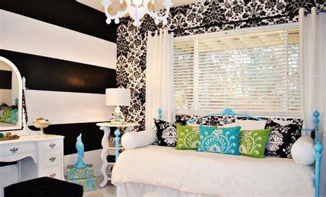 pretty combo  turquoise  black   bedroom