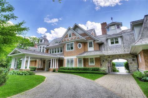 fairy tale  villa  canada luxury topics luxury