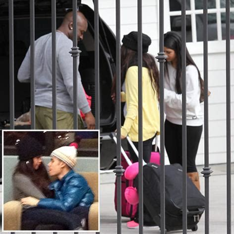 Are Justin Bieber And Selena Gomez Back Together? Star ...