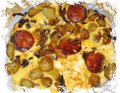 cuisiner les pommes de terre de noirmoutier omelette aux pommes de terre de noimoutier et au chorizo