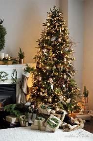 woodland christmas tree decorating ideas